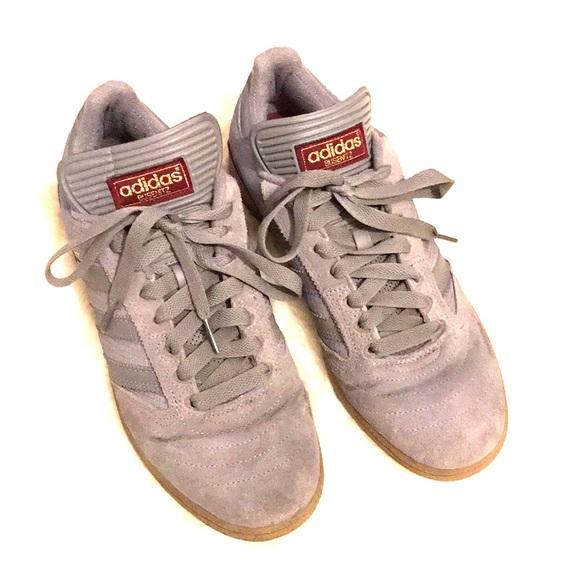 Zapatillas adidas Busenitz gris y rojo poshmark hombre  tamaño 9